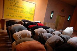 Prison-contre-la-radicalisation-les-aumoniers-musulmans-n-ont-pas-les-outils-pour-lutter_article_main