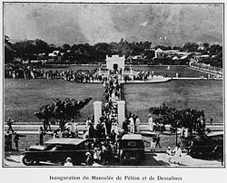 250px-Inauguration_du_Mausolée_de_Pétion_et_de_Dessalines